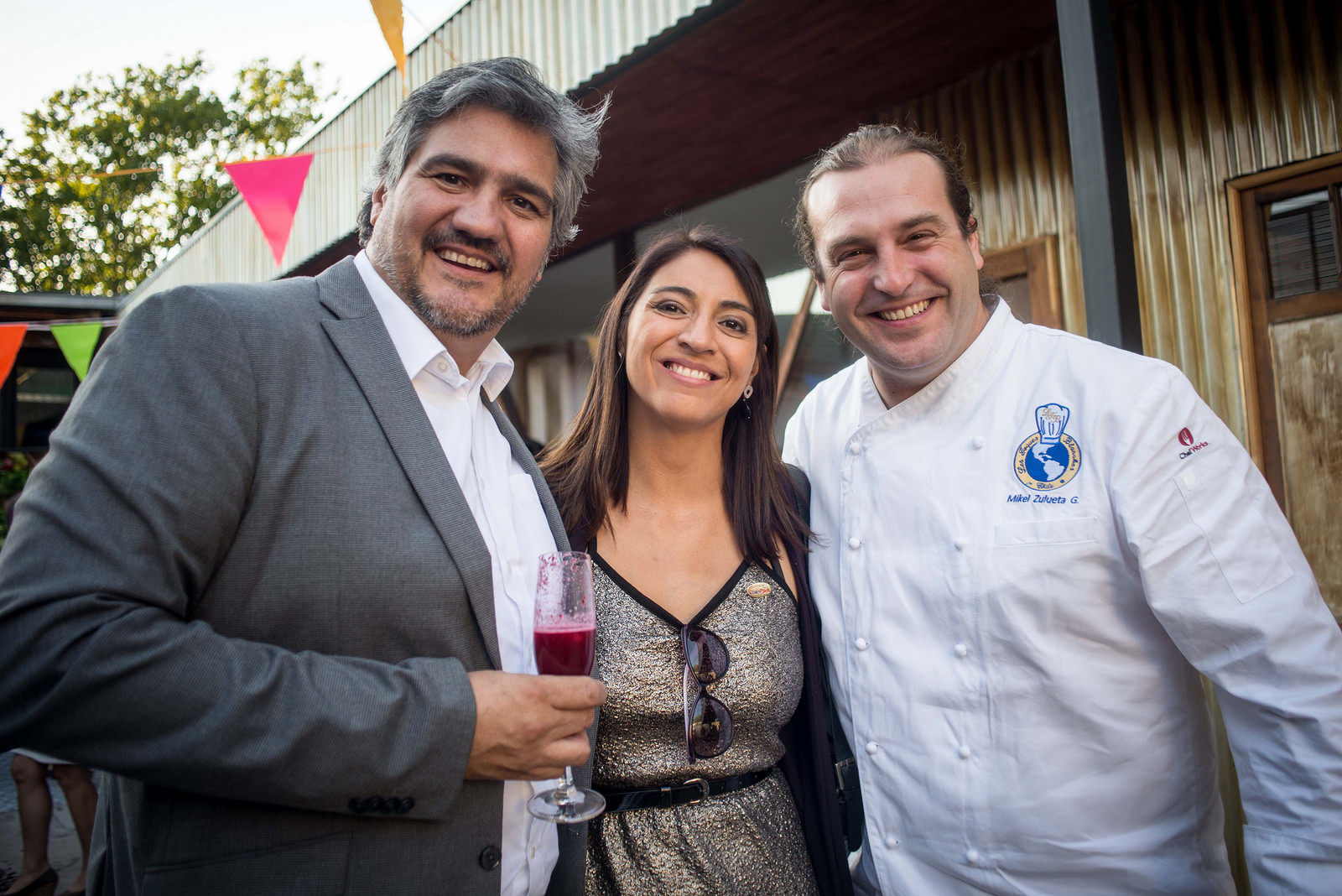 (De izquierda a derecha) Alejandro Buvinic, Director de ProChile; Natalia Sepulveda, Jefa del Departamento de Estudios y Marketing de Asprocer, y el Chef Mikel Zulueta.