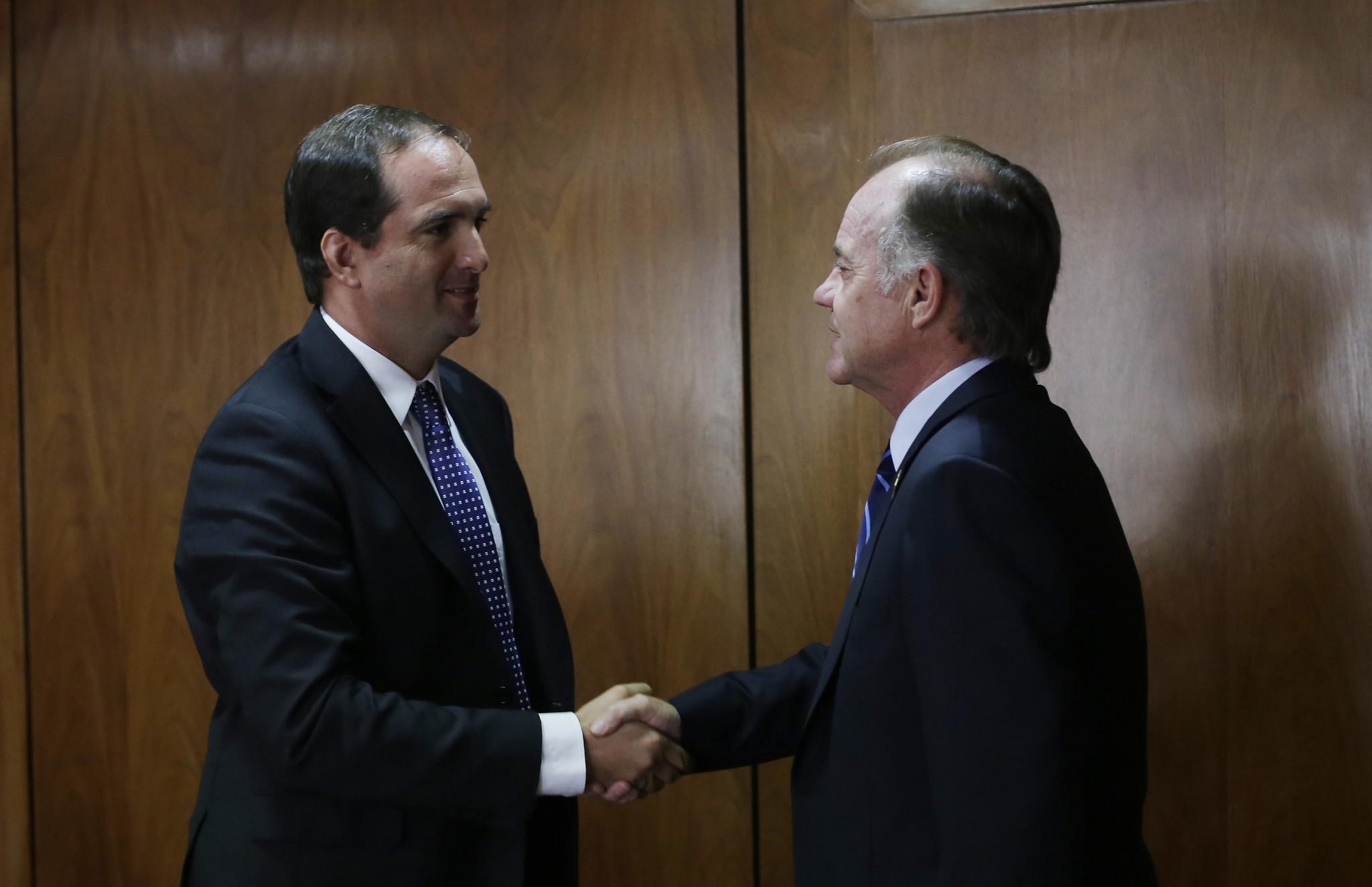 Juan Carlos Domínguez, Antonio Walker