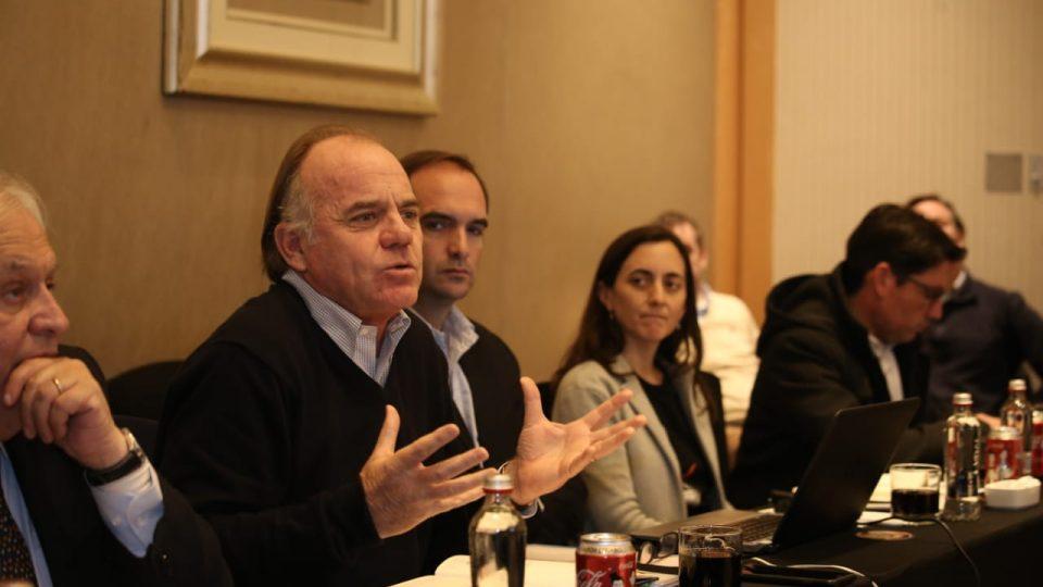 Ministro de Agricultura, Director Nacional del SAG y Directora de Odepa conversaron con los productores de carne de cerdo en Asamblea Anual de ASPROCER