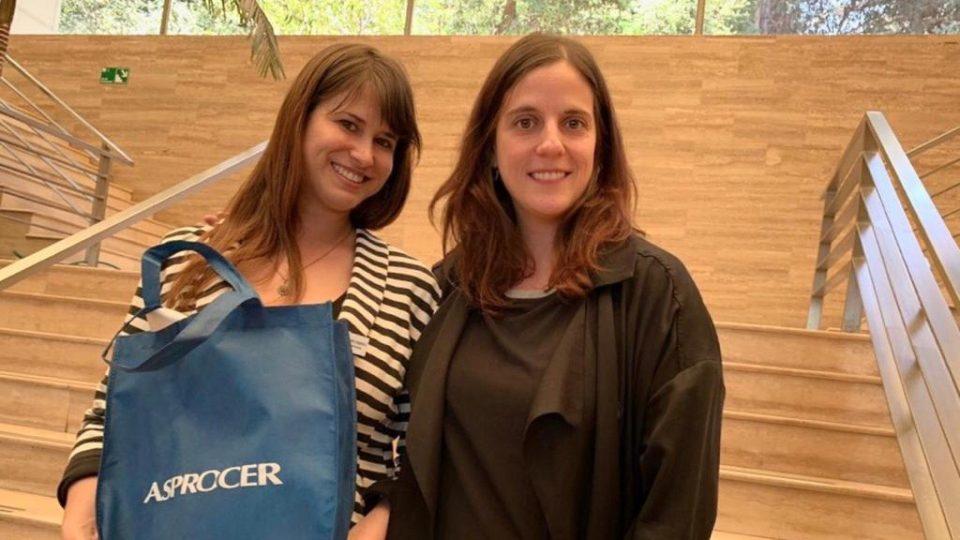 ASPROCER premia a recién graduada de Medicina Veterinaria de la Universidad Mayor